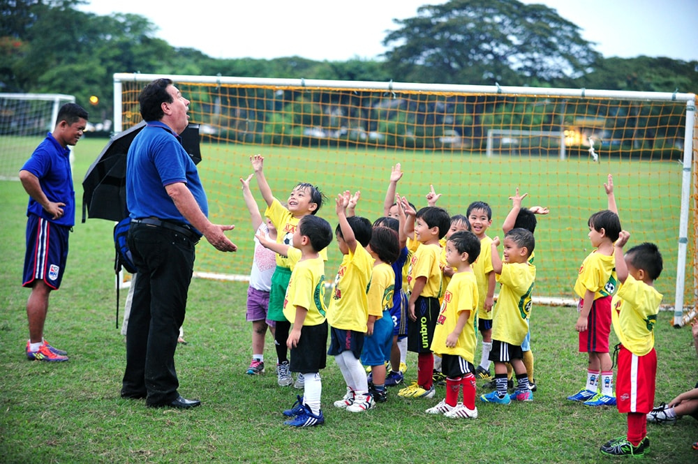 For veteran footballer Thomas Lozano, with children, the best way to develop a love for sports is to start at a young age, so kids can find their passion.